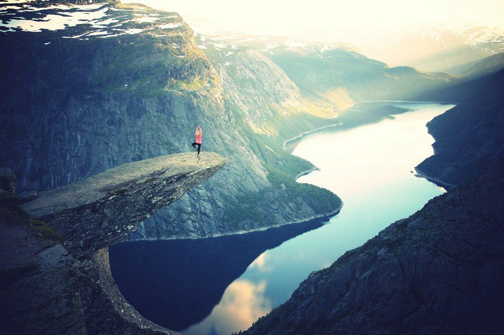 Yoga dalla terra al cielo
